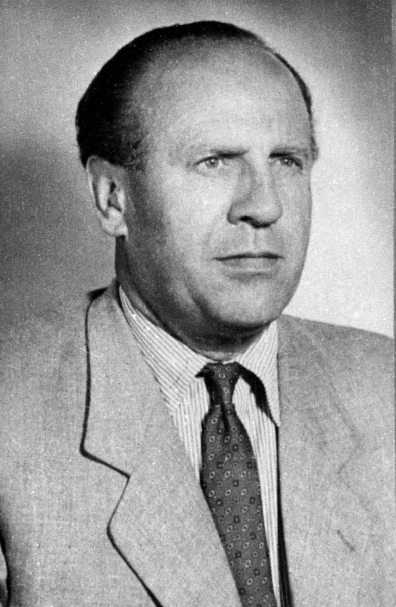 Oskar Schindler Photo