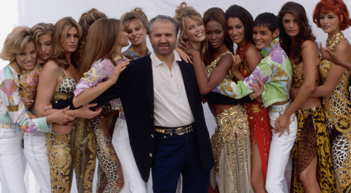 20 Years After Versace S His Impact On Fashion Endures Biography