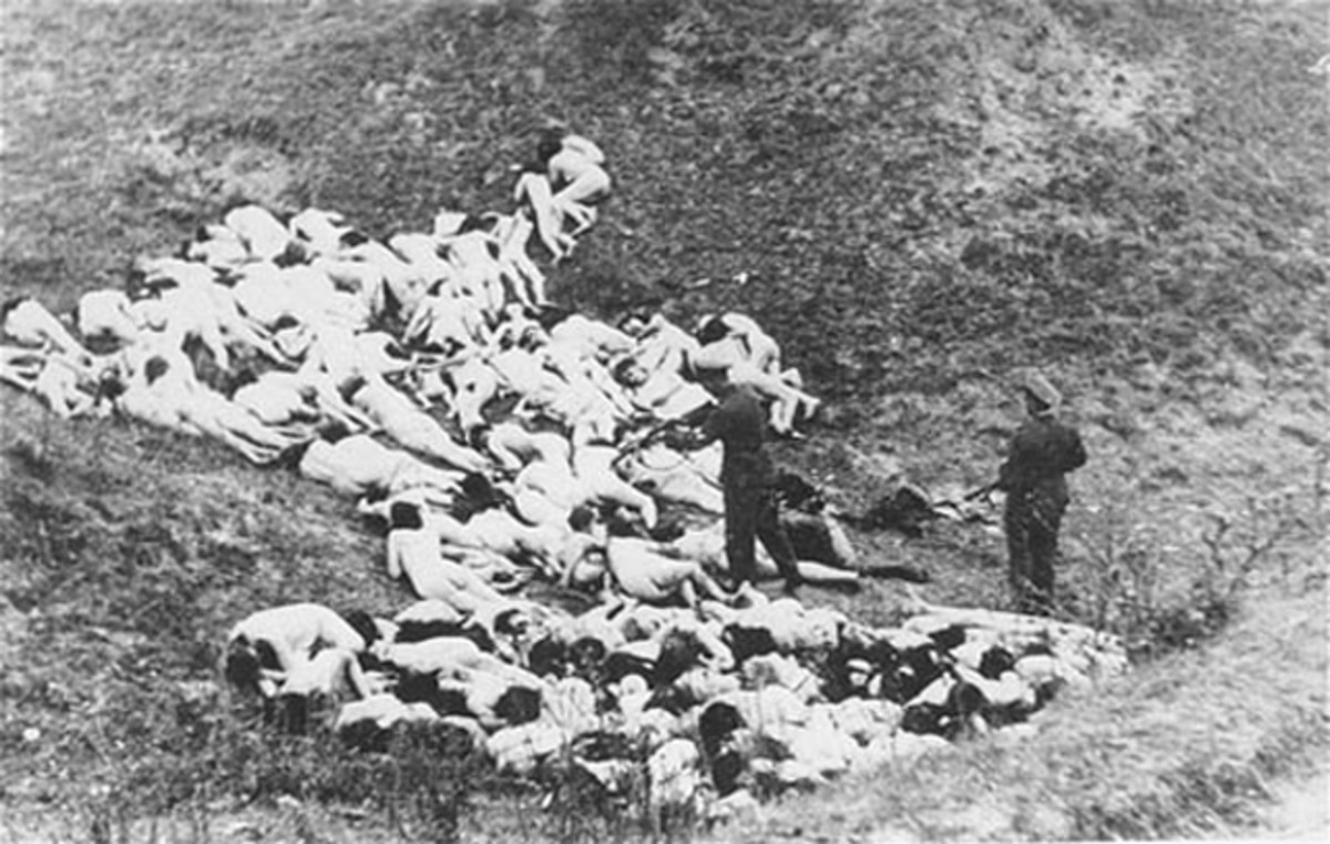 The Holocaust Einsatzgruppe Shooting Photo