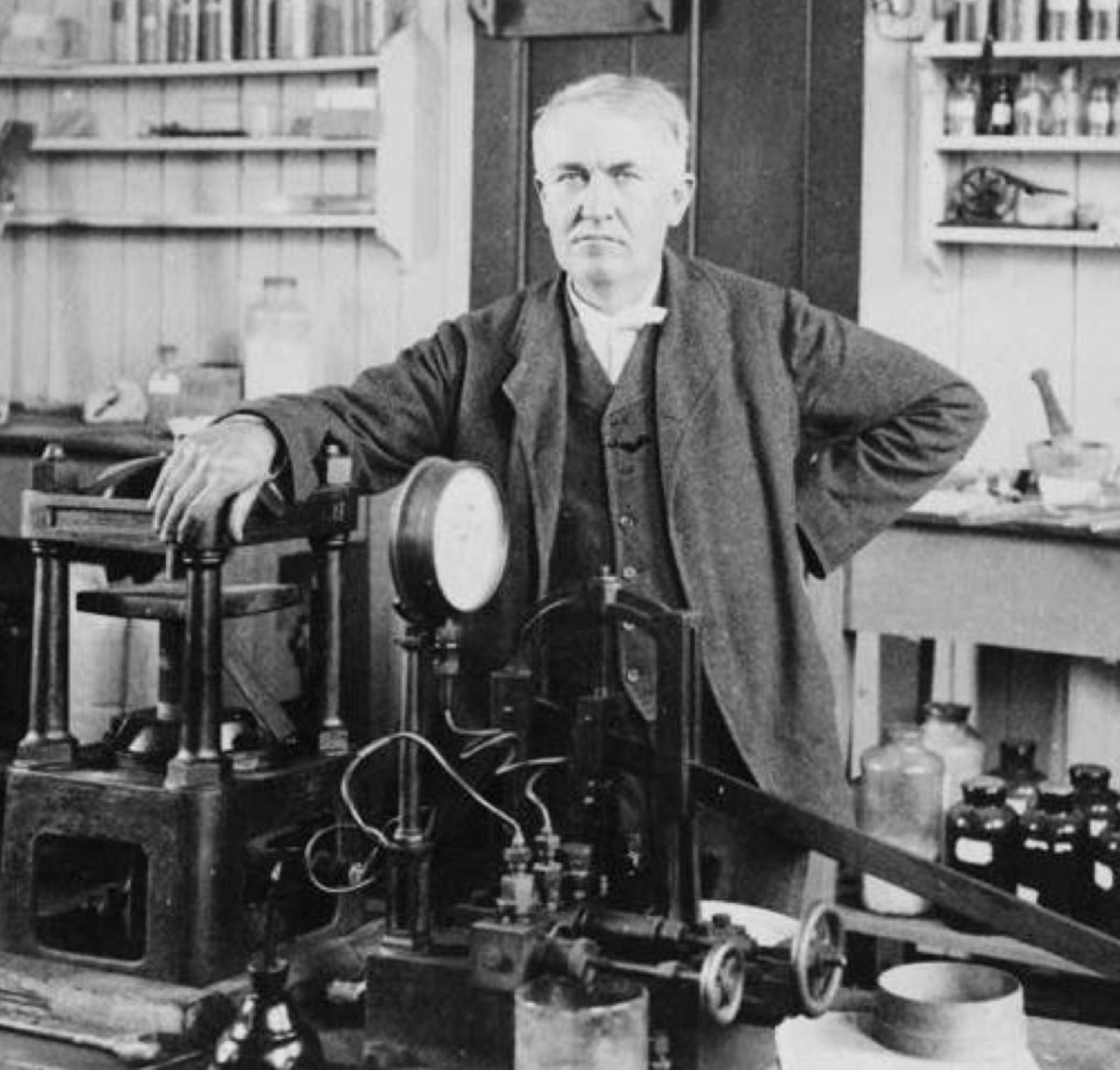 Thomas Edison in his laboratory in 1901