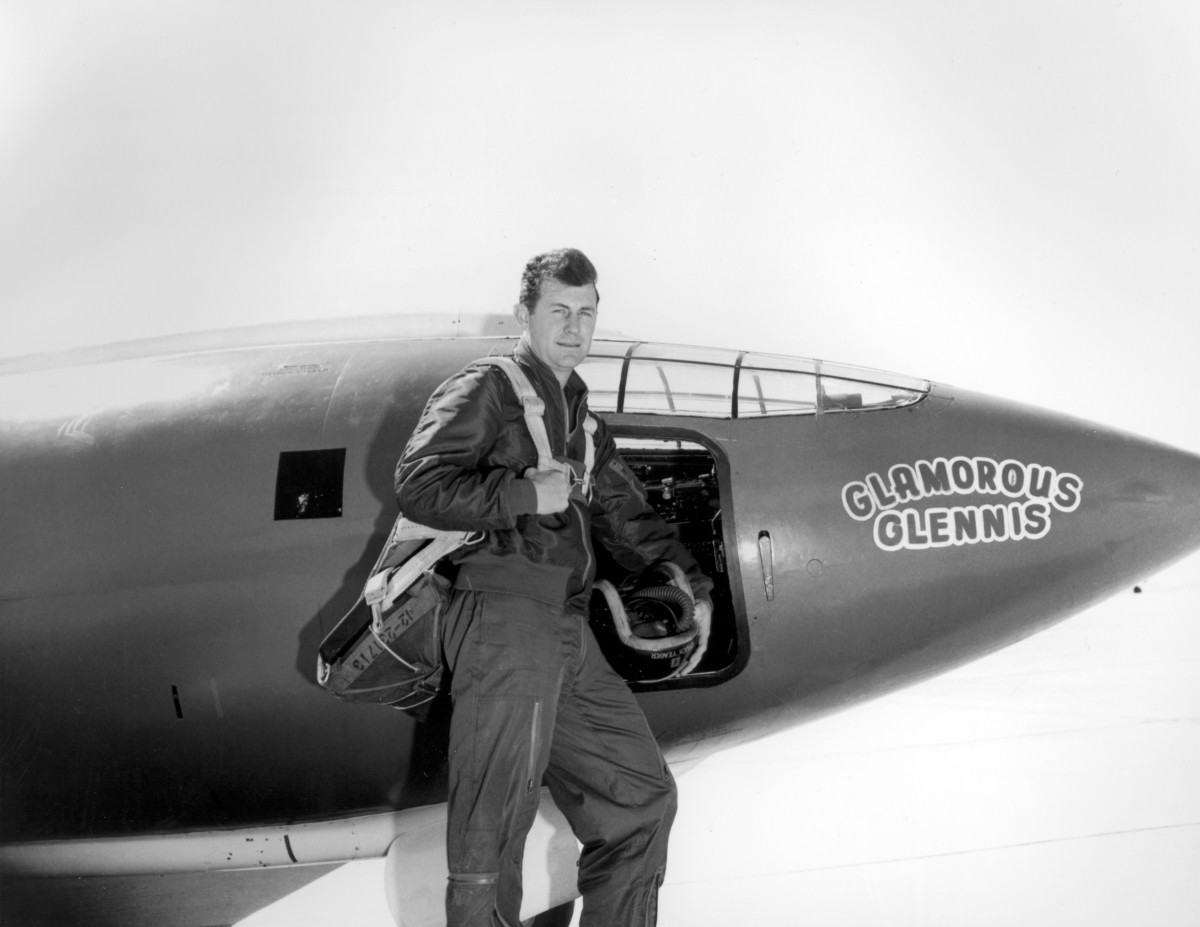 Chuck Yeager Photo