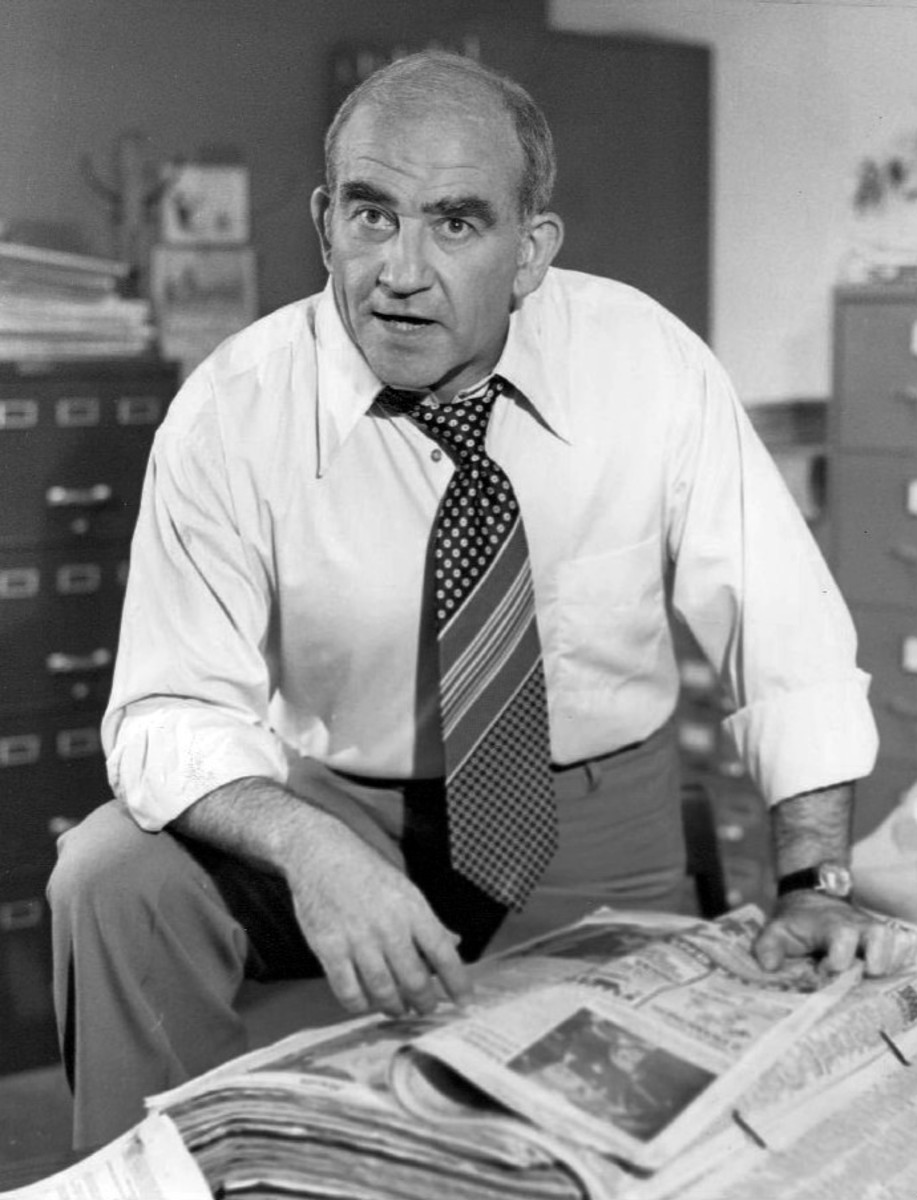 Ed Asner as Lou Grant 1977 Photo by CBS Television, Public Domain via Wikimedia Commons
