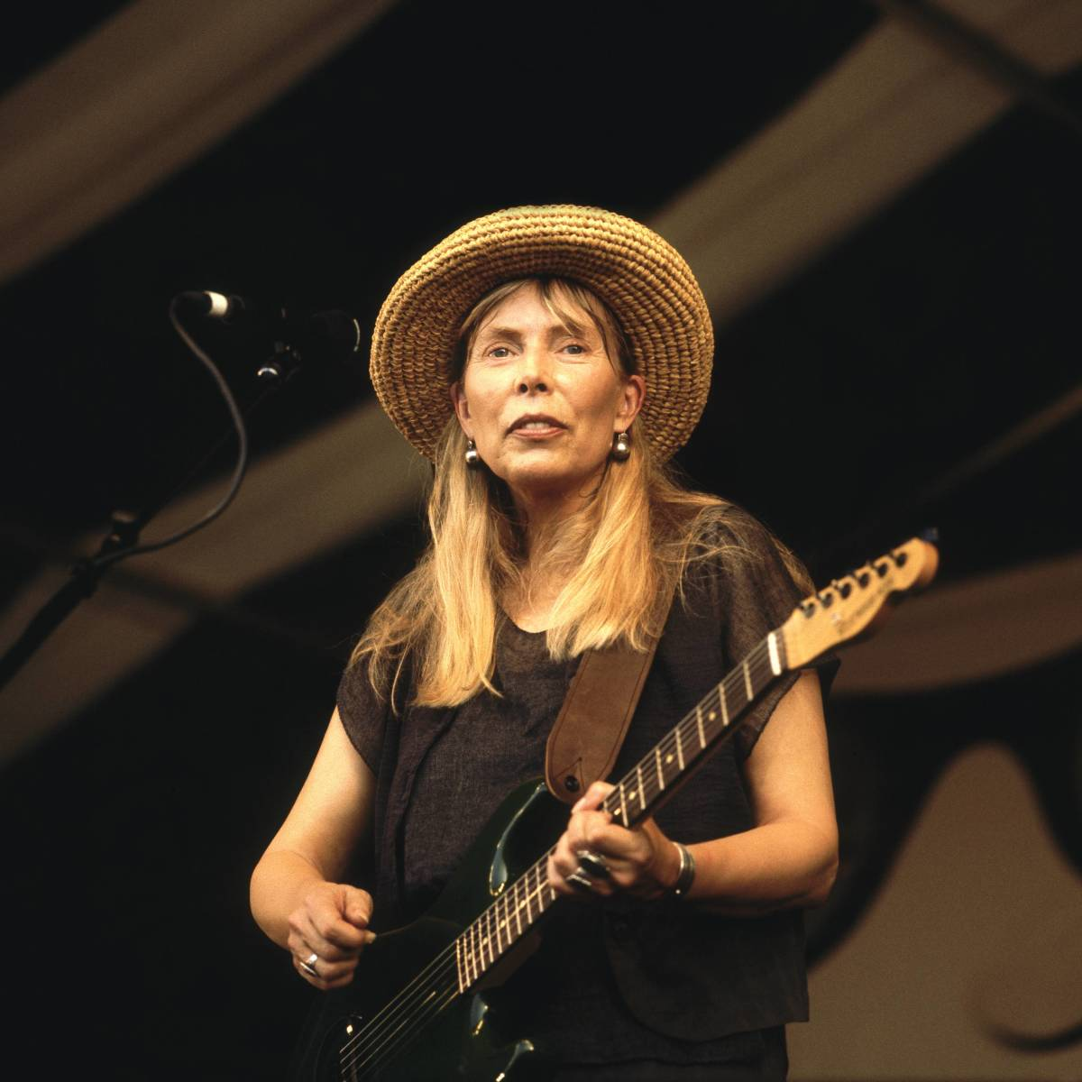 Joni Mitchell in 2001 Photo by David Redfern/Redferns) Restrictions