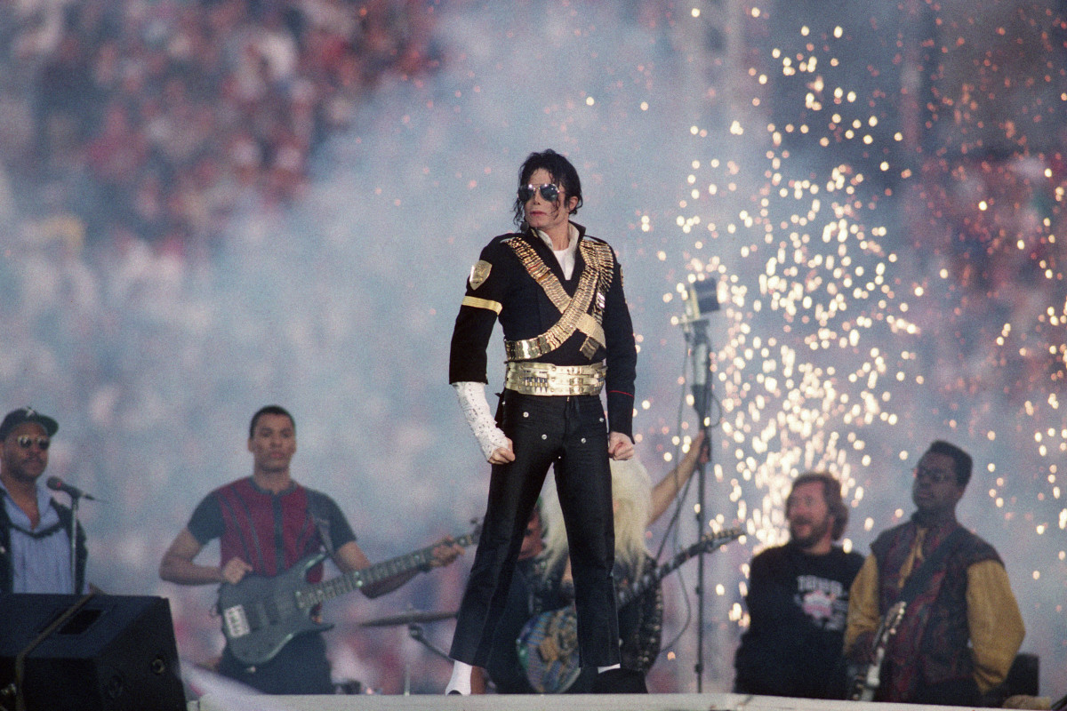 Michael Jackson performing during the Super Bowl XXVII halftime show
