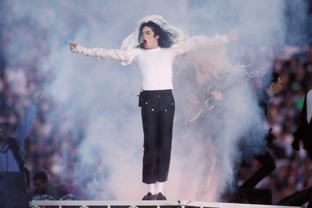 How Michael Jackson Changed Dance History Biography