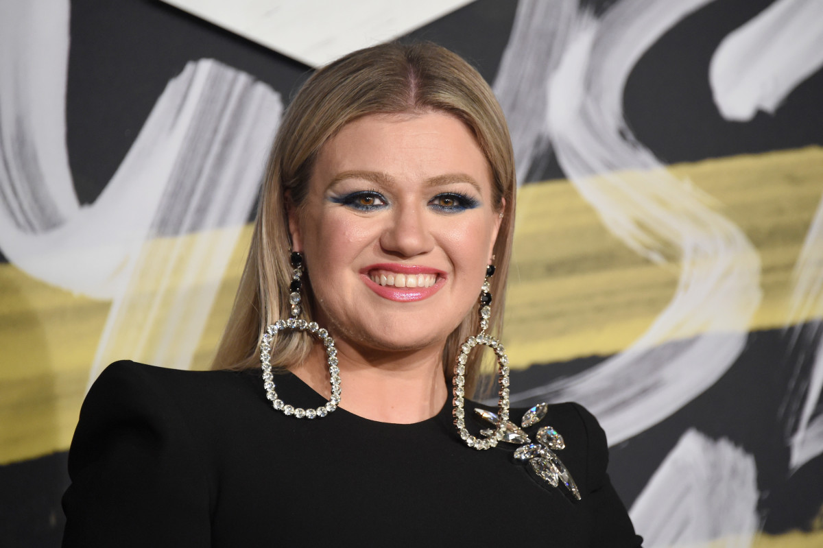 Kelly Clarkson Biography - Biography