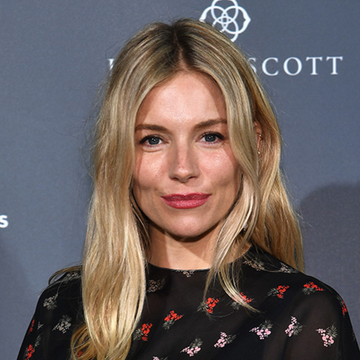 Cleavage Sienna Miller (born 1981 (born in New York City  nude (66 photos), Snapchat, braless