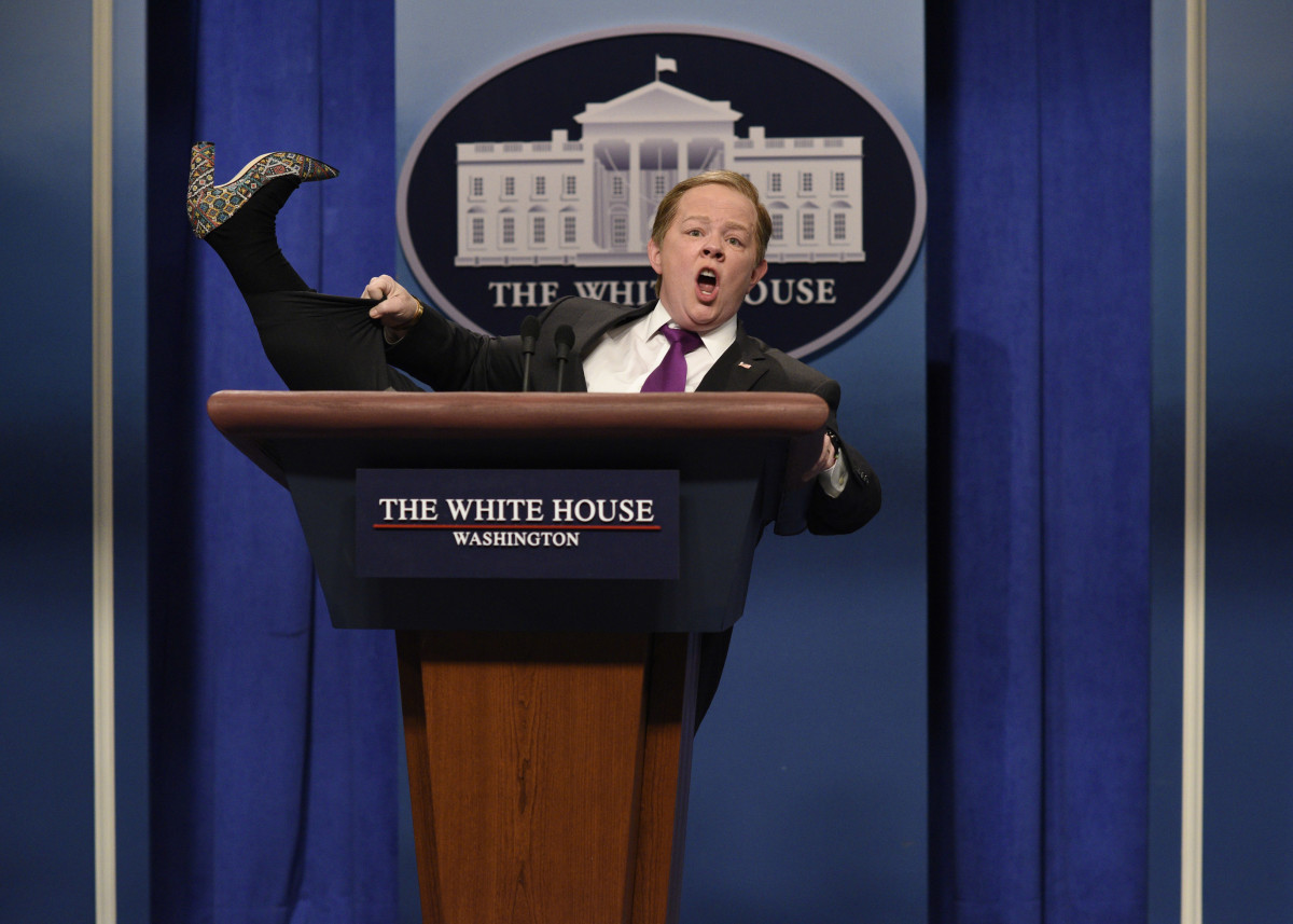 Melissa McCarthy Sean Spicer SNL Photo