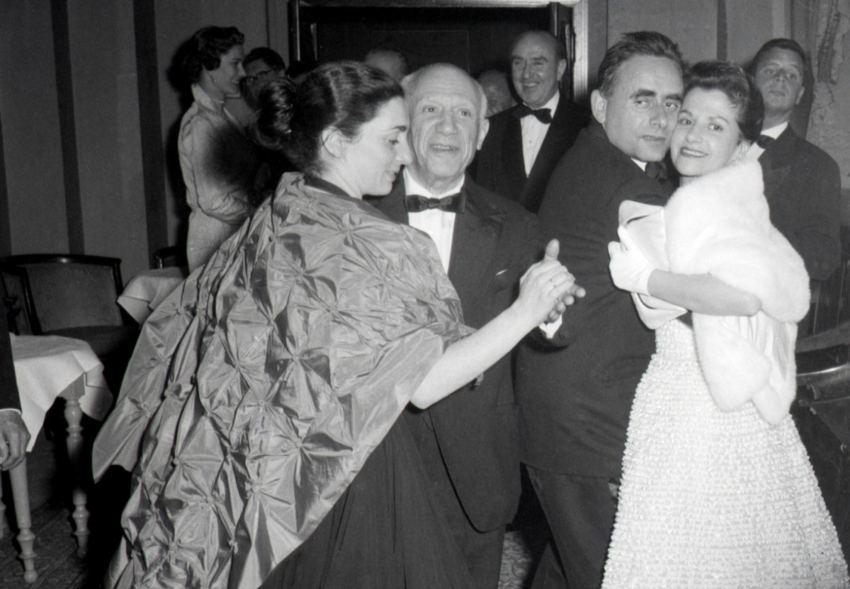 Jacqueline Rogue and Pablo Picasso in 1956