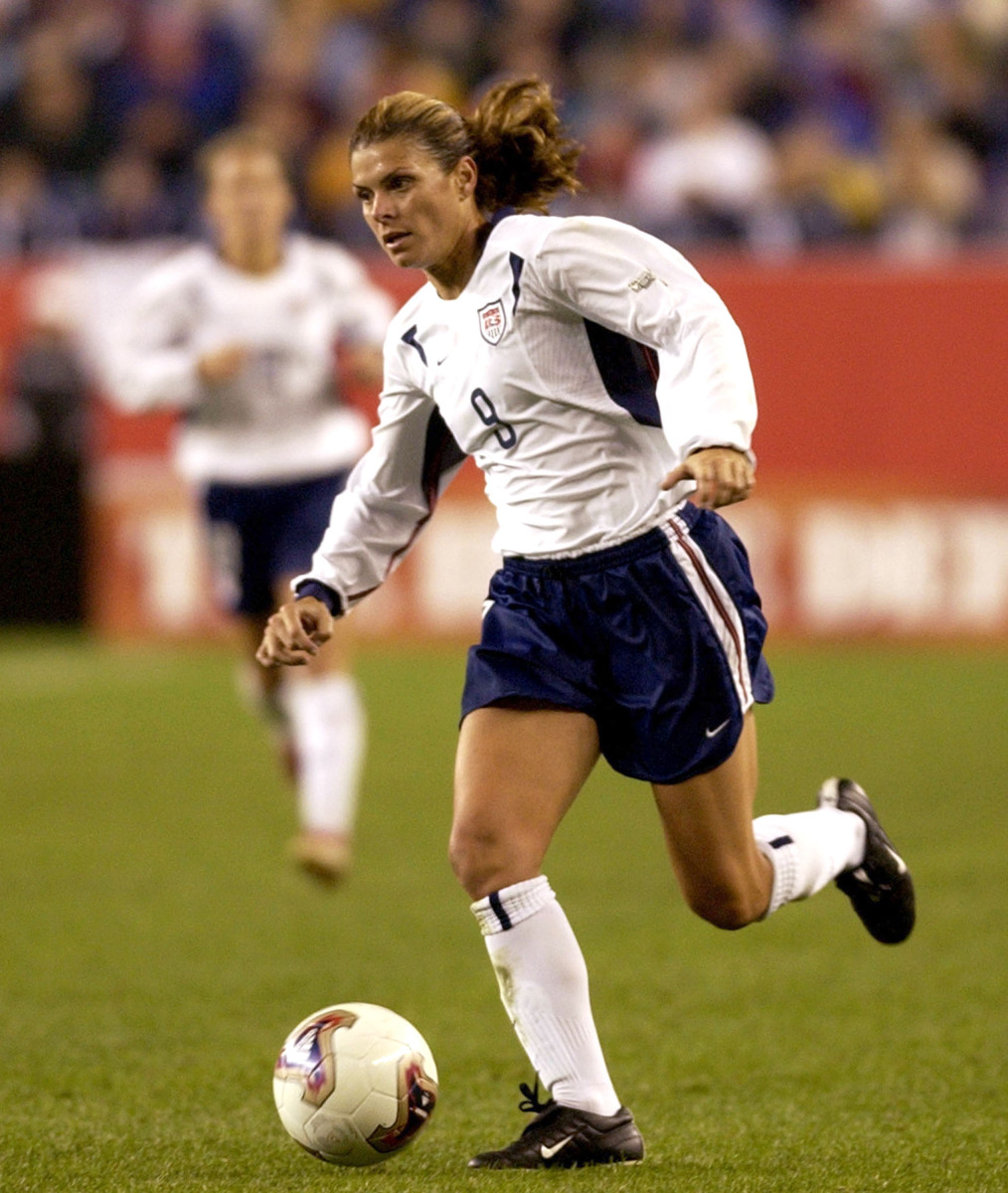 Mia Hamm rushes upfield during the quarterfinals of the FIFA Women's World Cup USA on October 1, 2003, at Gillette Stadium, Foxboro, Massachusetts