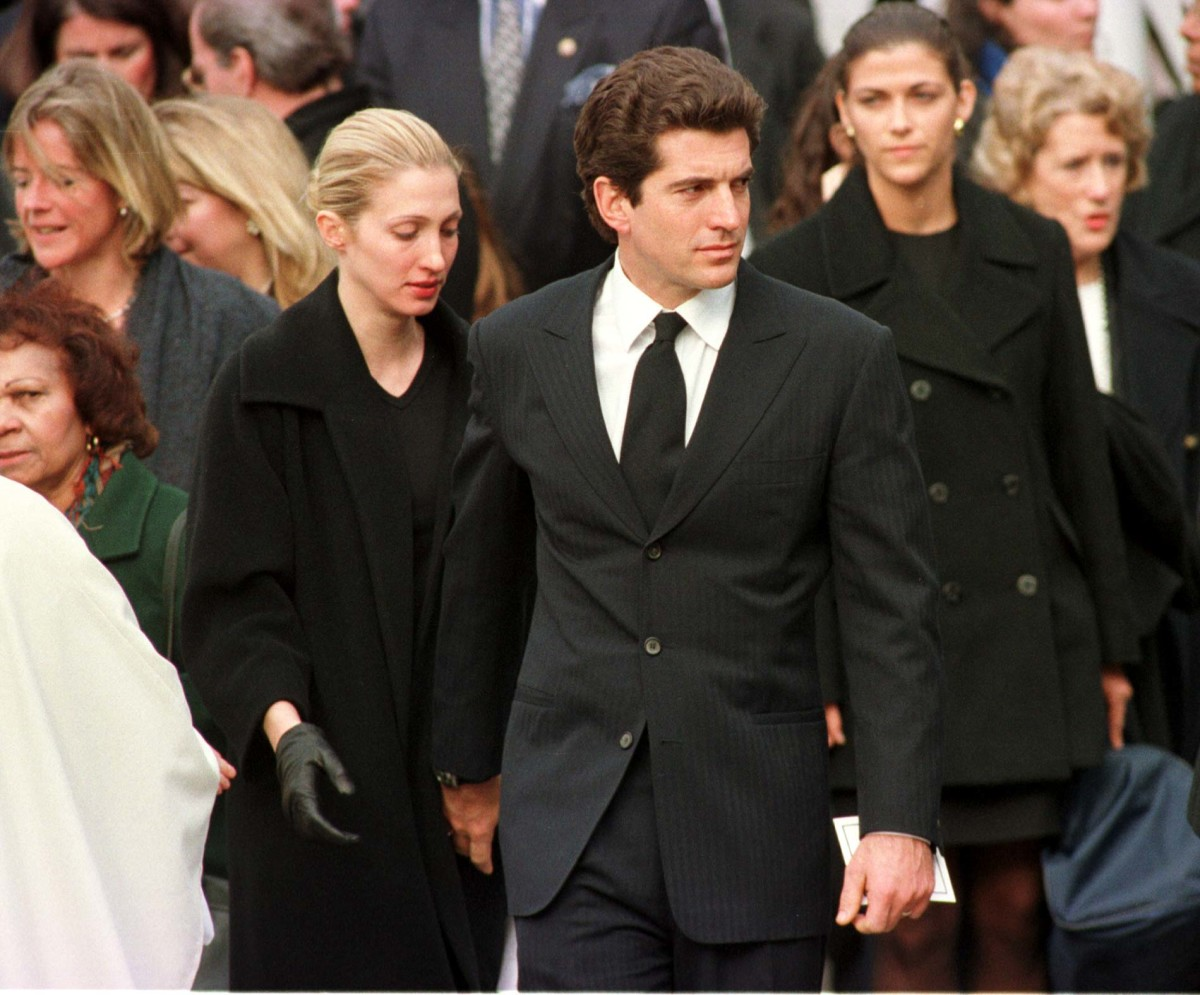 John F. Kennedy Jr. and his wife Carolyn after the 1998 funeral of his cousin Michael Kennedy, who died in a skiing accident.