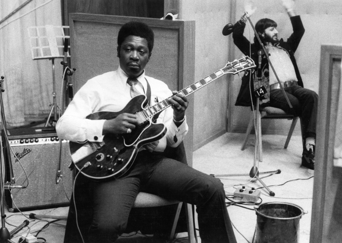 B.B. King in the studio with drummer Ringo Starr
