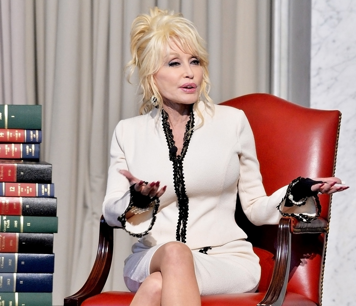 Dolly Parton and her Imagination Library donate their 100 millionth book to The Library of Congress on February 27, 2018, in Washington, DC.