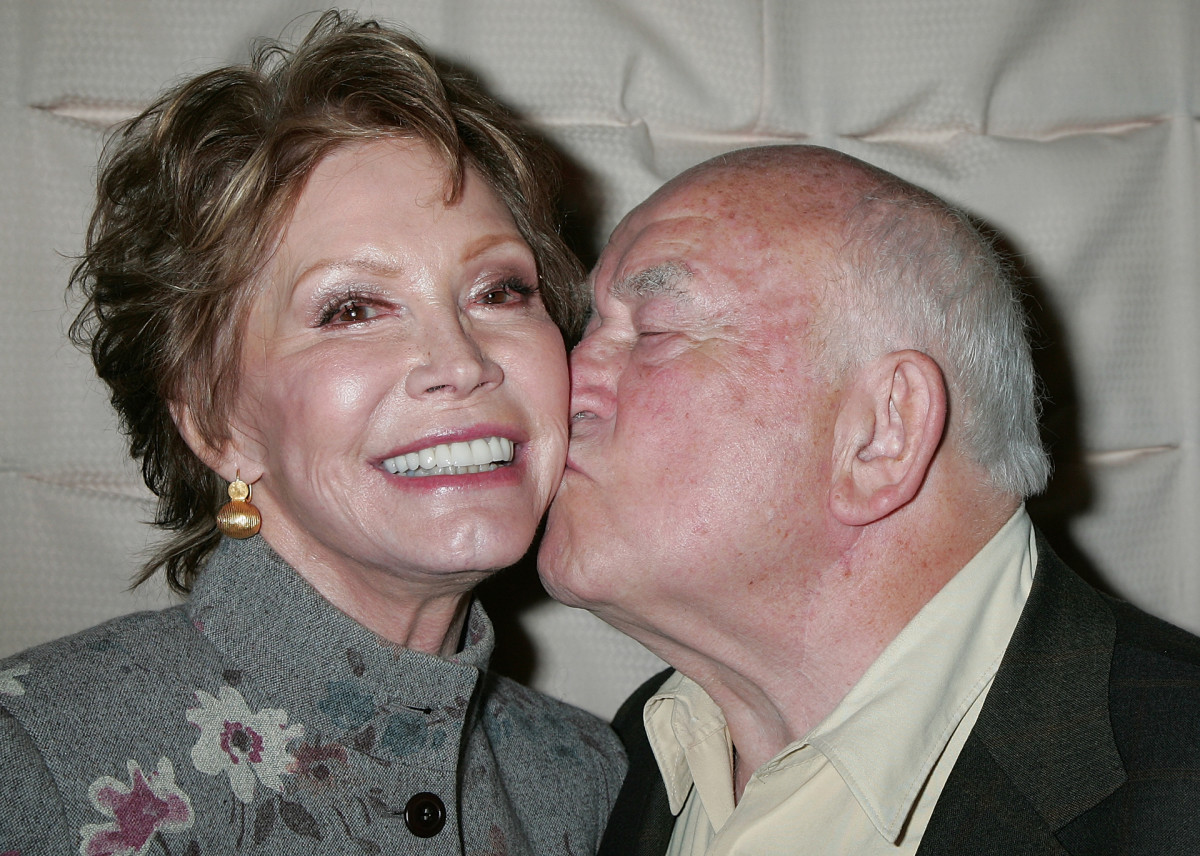 Mary Tyler Moore Ed Asner