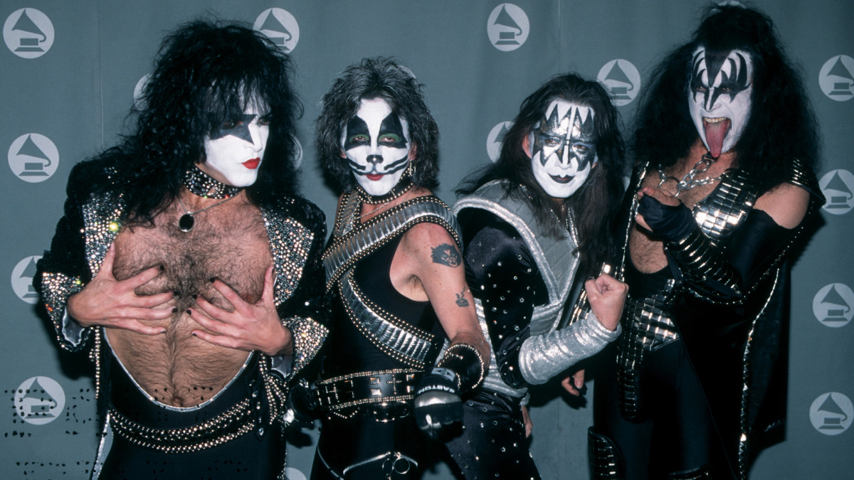 When Kiss Wiped Away Their Iconic Face