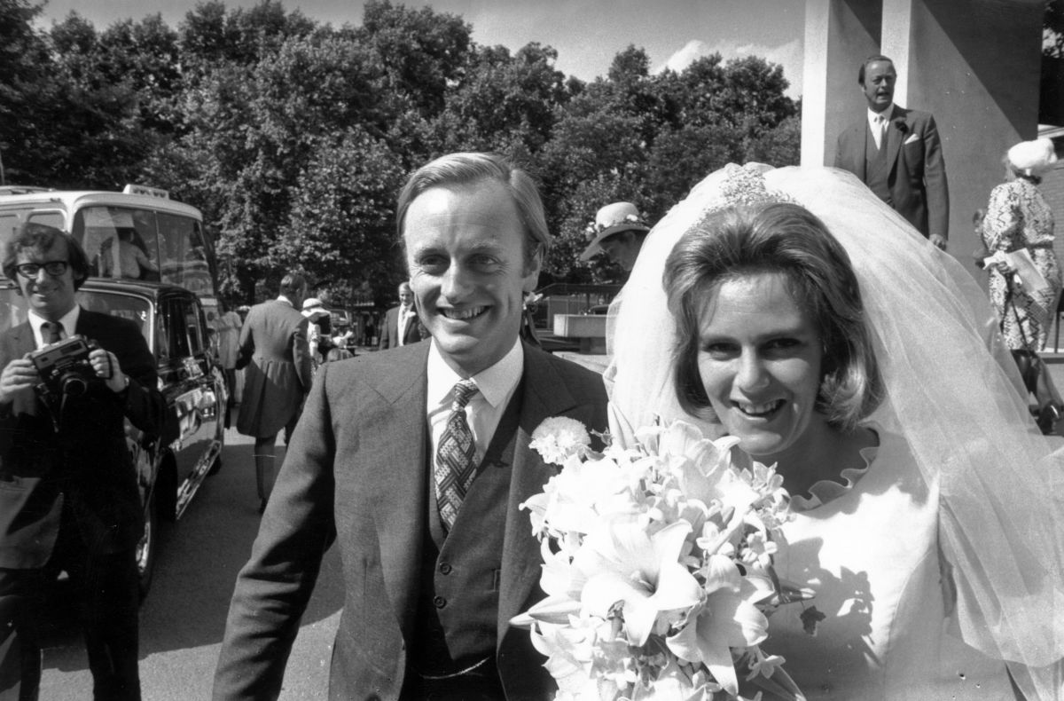 Canilla and Andrew Parker Bowles outside the Guards' Chapel on their wedding day