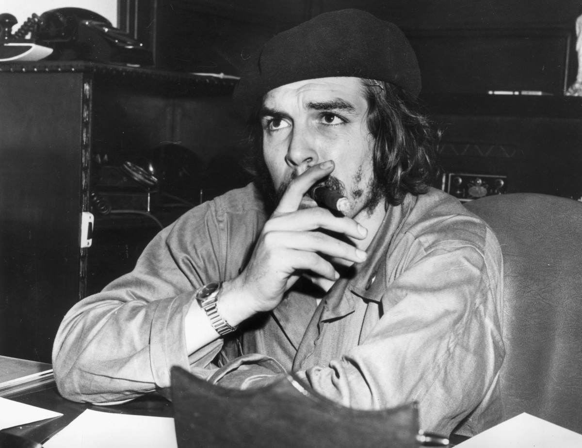 Che Guevera After aiding Fidel Castro's successful overthrow of the Batista regime, Guevara served as economic advisor in Castro's administration.