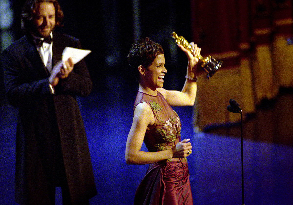 Halle Berry with her Oscar