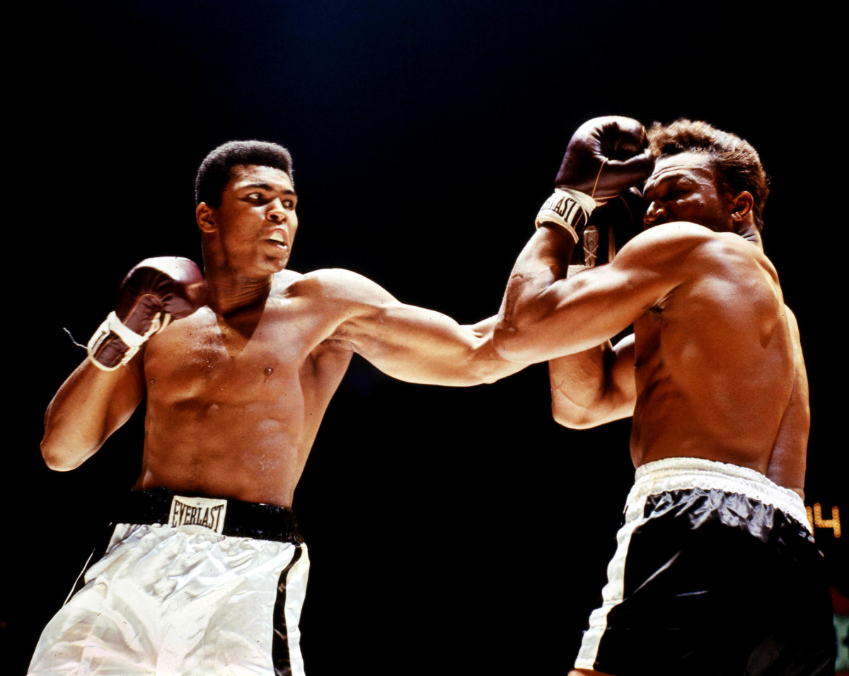 Muhammad Ali 9 Of The Boxer S Best Fight Moments Biography