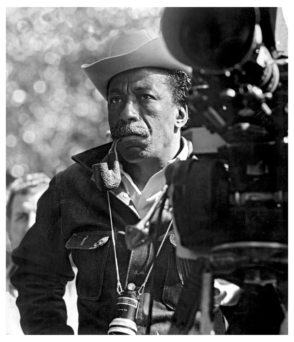 Gordon Parks directing the film 'The Learning Tree' in 1969