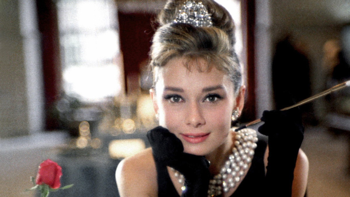 The Parallels Between Audrey Hepburn And Holly Golightly