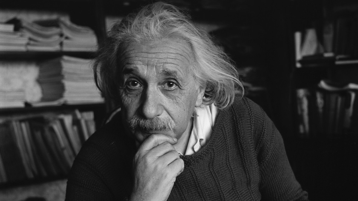 Albert Einstein Wallpapers Images Photos Pictures Backgrounds