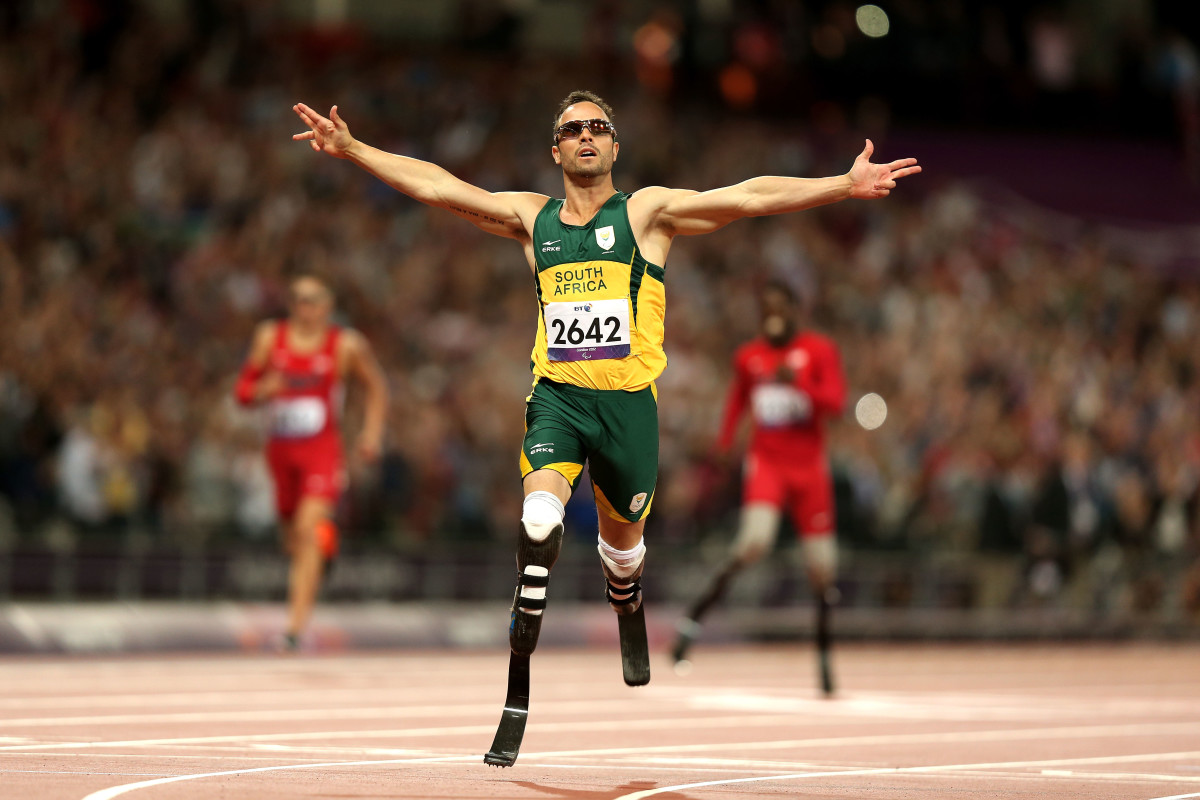 Oscar Pistorius celebrates as he wins gold in the Men's 400m T44 Final at the 2012 Paralympic Games on September 8, 2012, in London, England