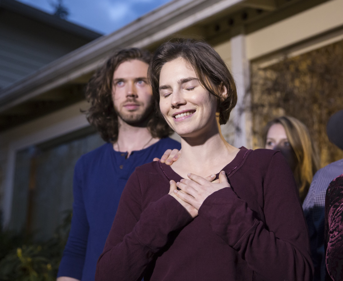Amanda Knox speaks to the media during a press conference in front of her parents' home on March 27, 2015, in Seattle, Washington
