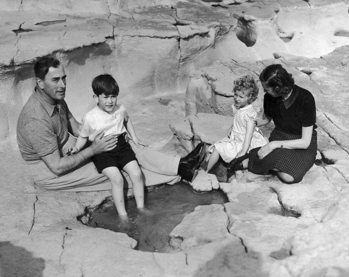 Lord Mountbatten and his wife, Edwina, having a picnic with Prince Charles and Princess Anne on the island of Malta on April 24, 1954