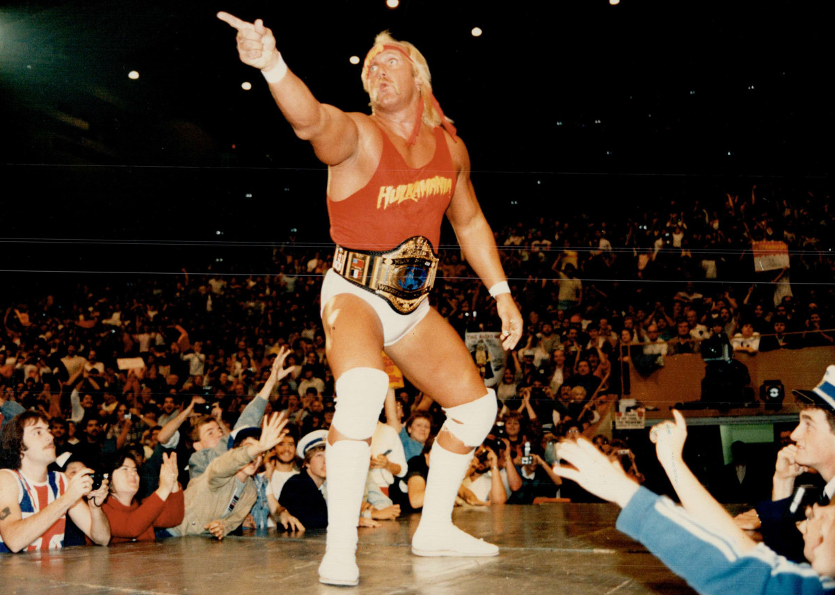 """Hulk Hogan stands before his adoring audience at Maple Leaf Gardens before a joust with """"Macho Man"""" Randy Savage, October 1985"""