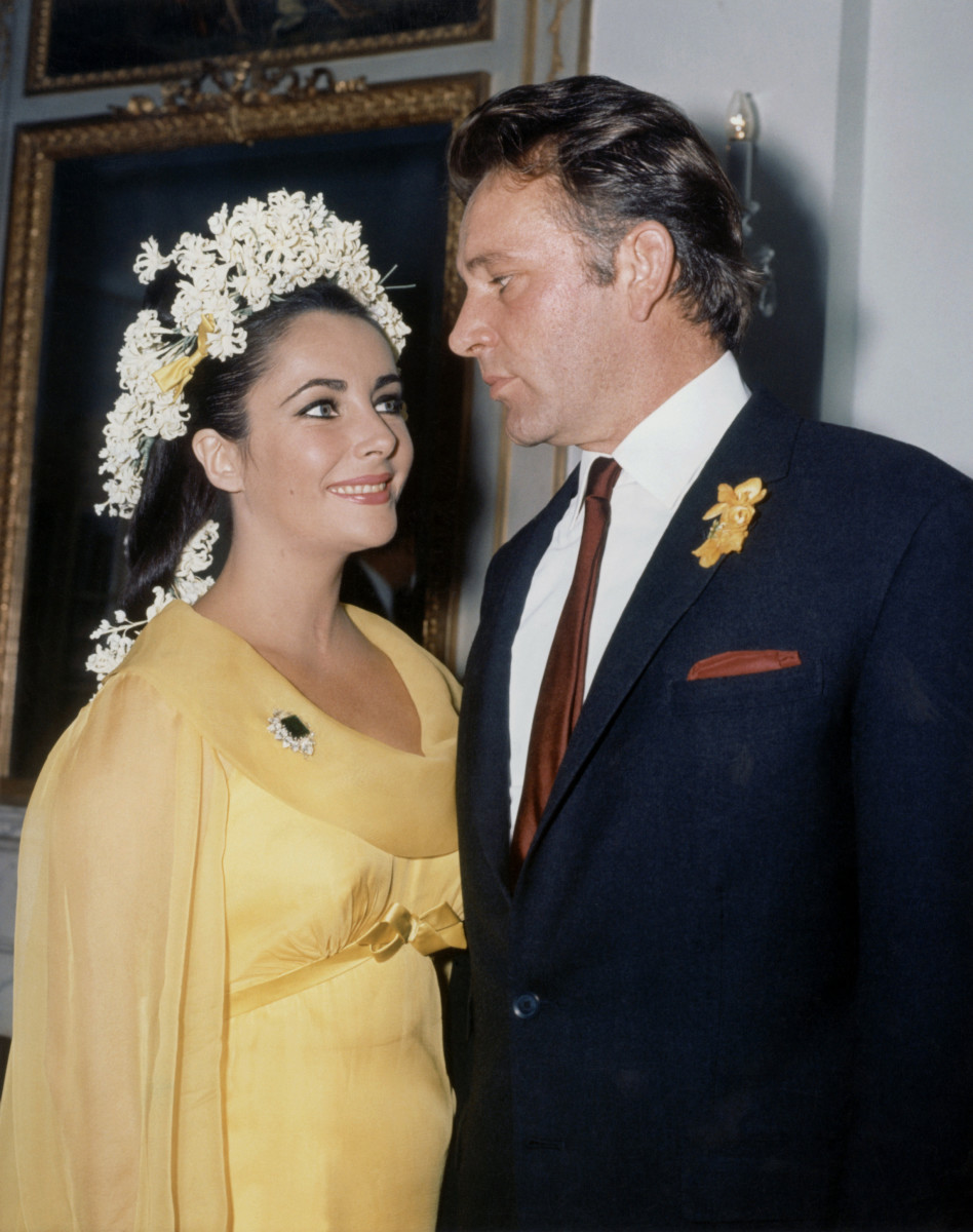 Elizabeth Taylor and Richard Burton in 1964