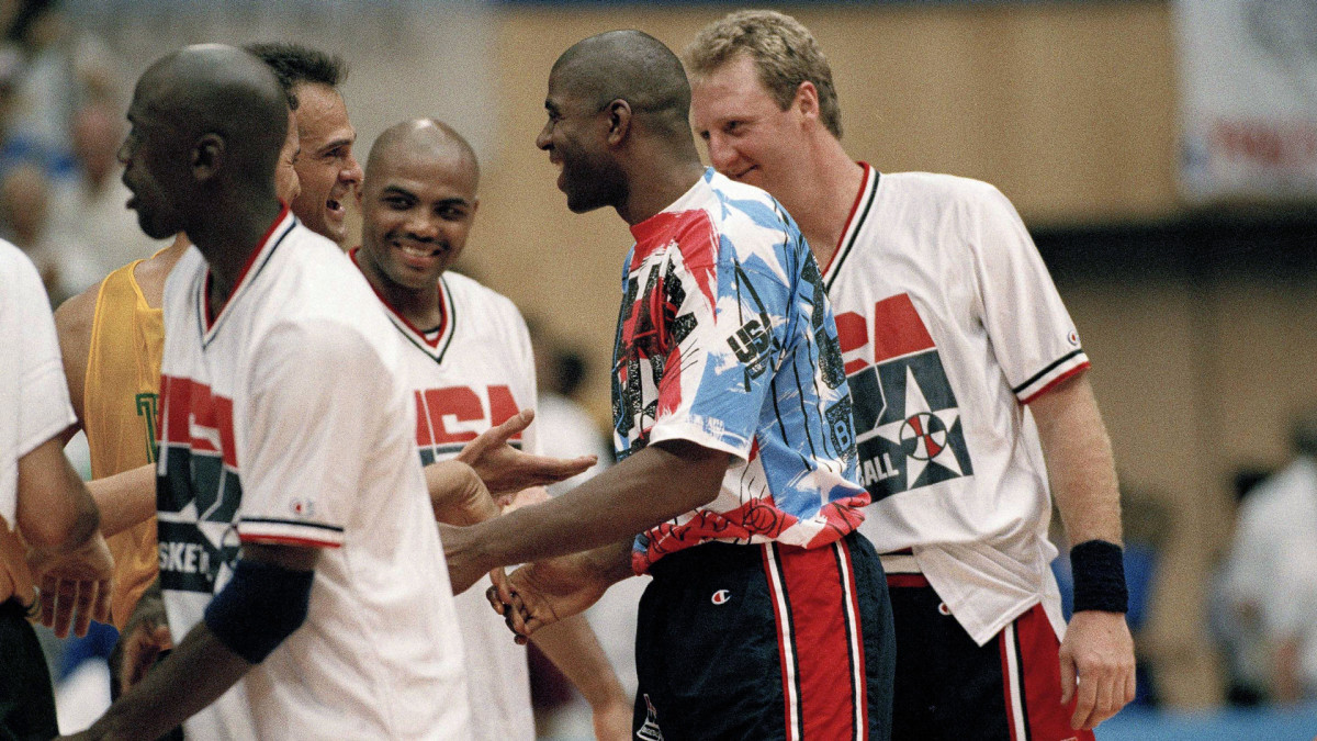 gran venta de liquidación online aquí más tarde How Michael Jordan, Magic Johnson and Larry Bird Led the Dream ...