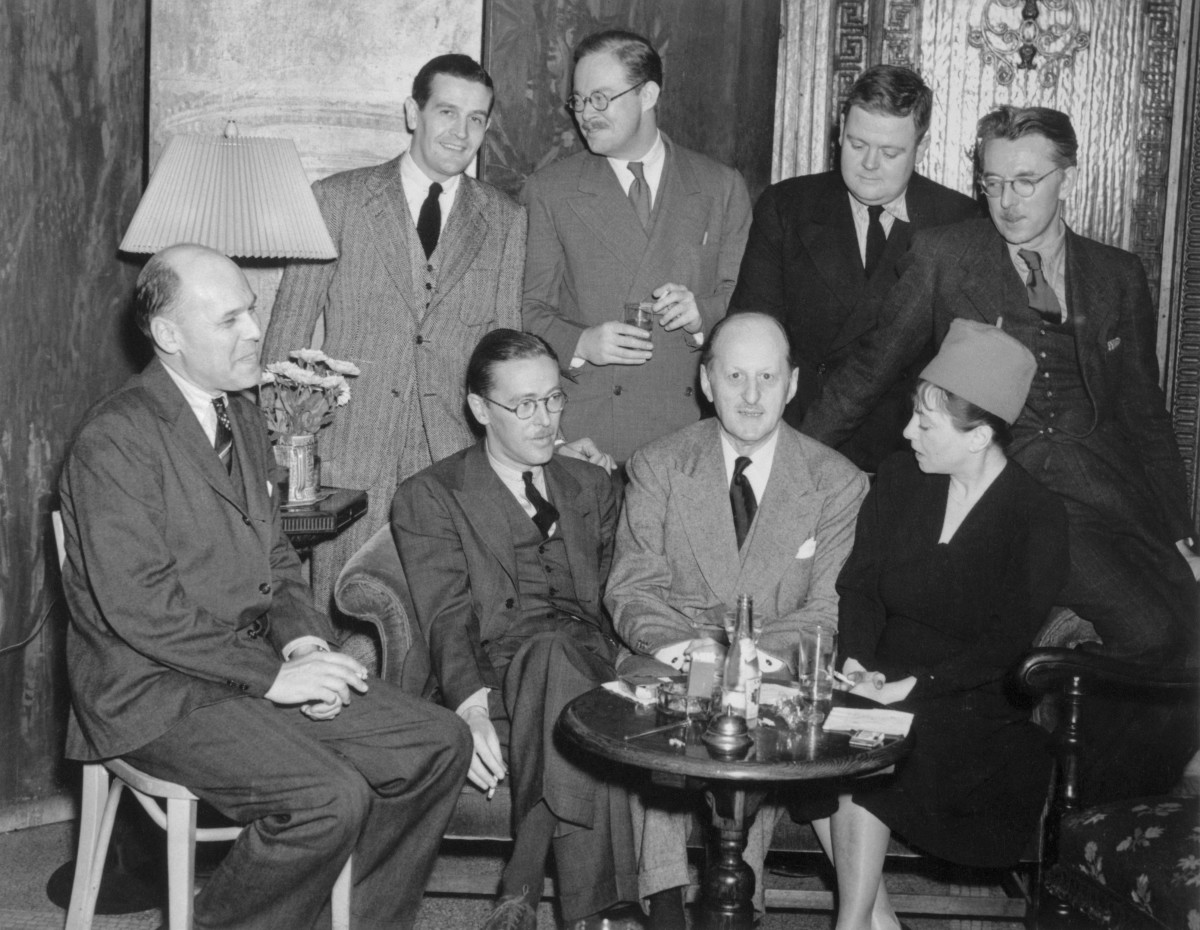 Algonquin Round Table: How the Group of Writers Became a Symbol of the Roaring Twenties