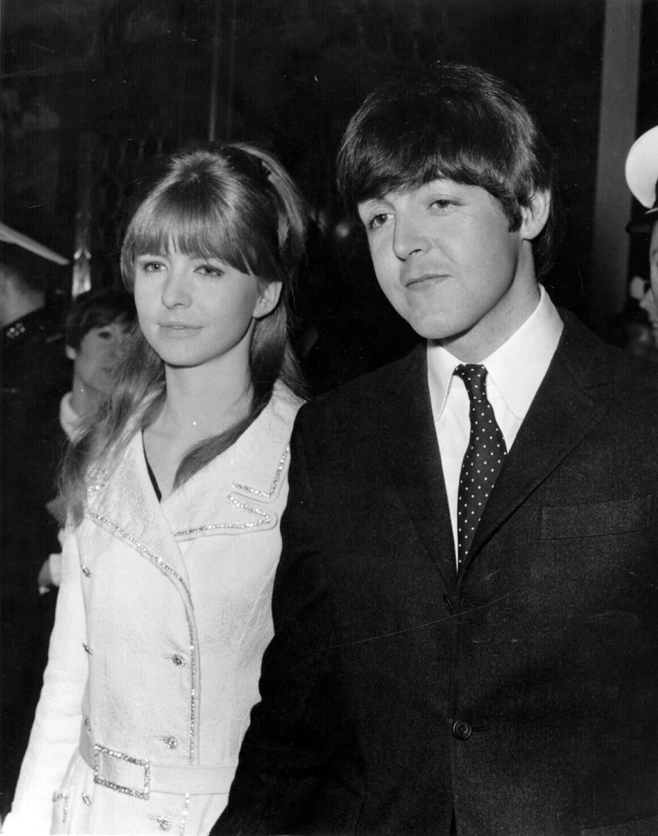Paul McCartney and Jane Asher at the premiere of 'Alfie' at the Plaza Theatre, London on March 25, 1966