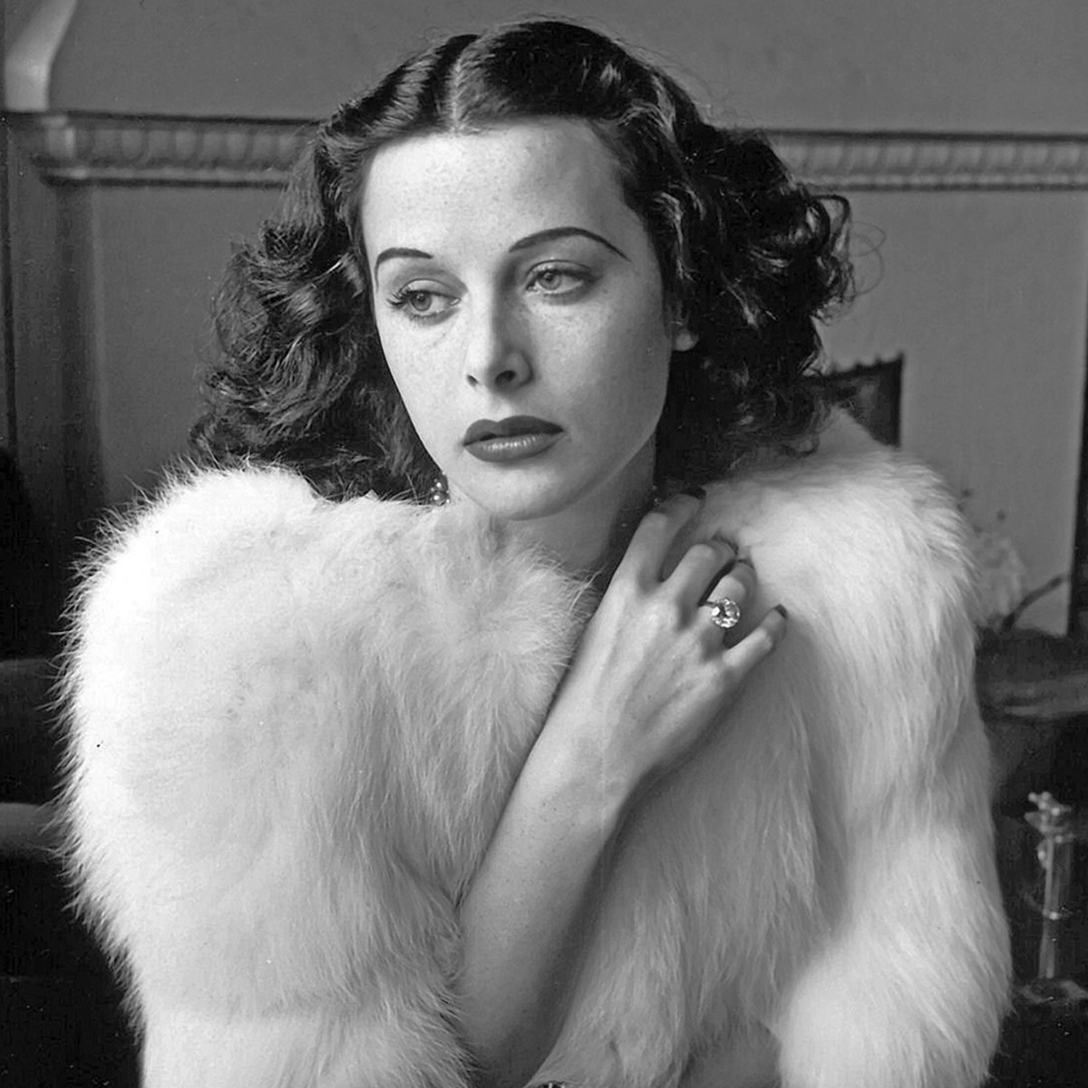 Hedy Lamarr - Inventions, Movie & Spouses - Biography